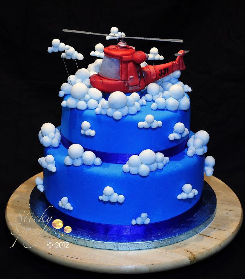 Cake Design Granby Qc : Sticky Sponge Helicopter Cake