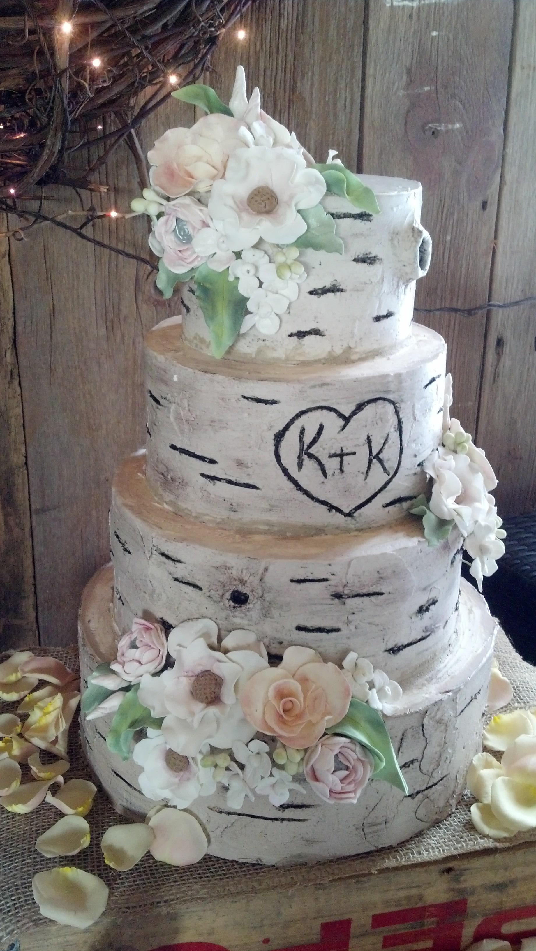 incredible endings cincinnati wedding cakes n kentucky wedding cakes cincinnati wedding cakes. Black Bedroom Furniture Sets. Home Design Ideas