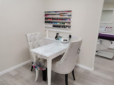 Manicure area.jpg