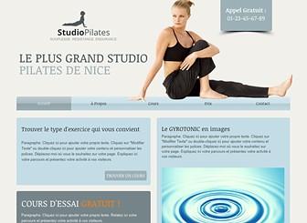 Cours de Pilates Template - Avec ses couleurs fraîches et son design subtil, ce template moderne est idéal pour les studios de yoga, pilates et fitness. Ajoutez du texte pour promouvoir vos cours. Téléchargez des photos pour présenter vos équipements et vos instructeurs. Créez un site web professionnel et établissez votre présence en ligne !