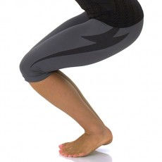 Electric-Yoga-Seamless-Bolt-Crop--230x230.jpg