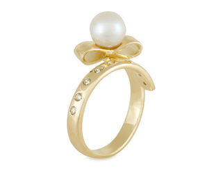 Gold Philosophy: Bow Tie Pearl Ring | Jewelry,Jewelry > Rings -  Hiphunters Shop