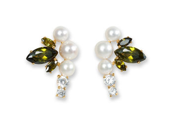 Fairies Pearl Earrings / Green