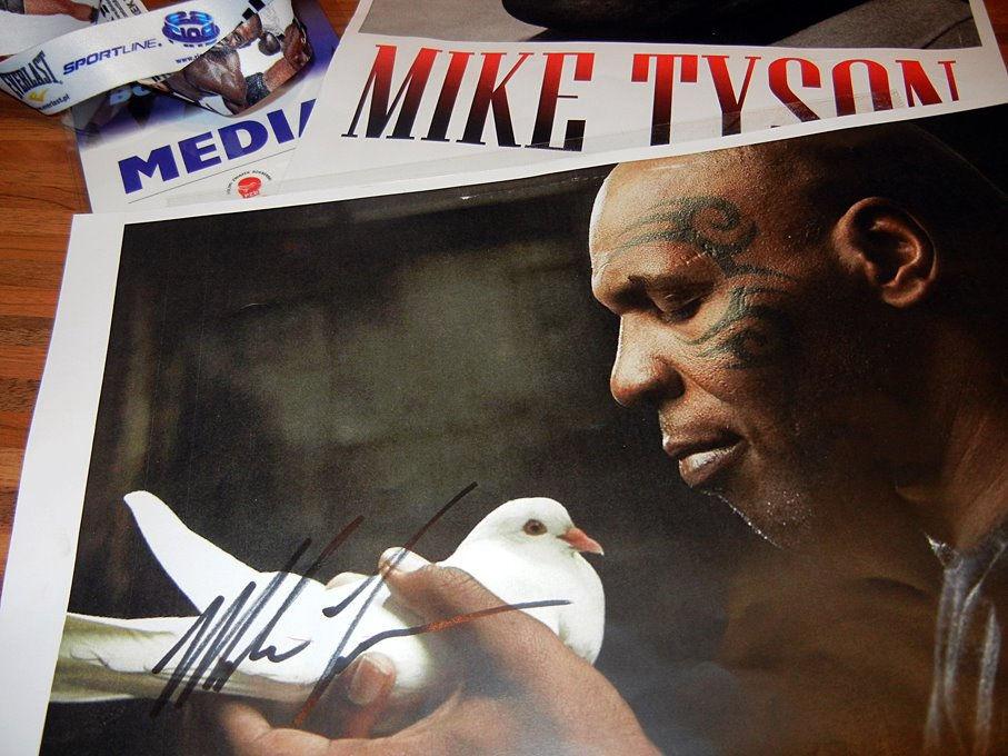 autograf Mike Tyson