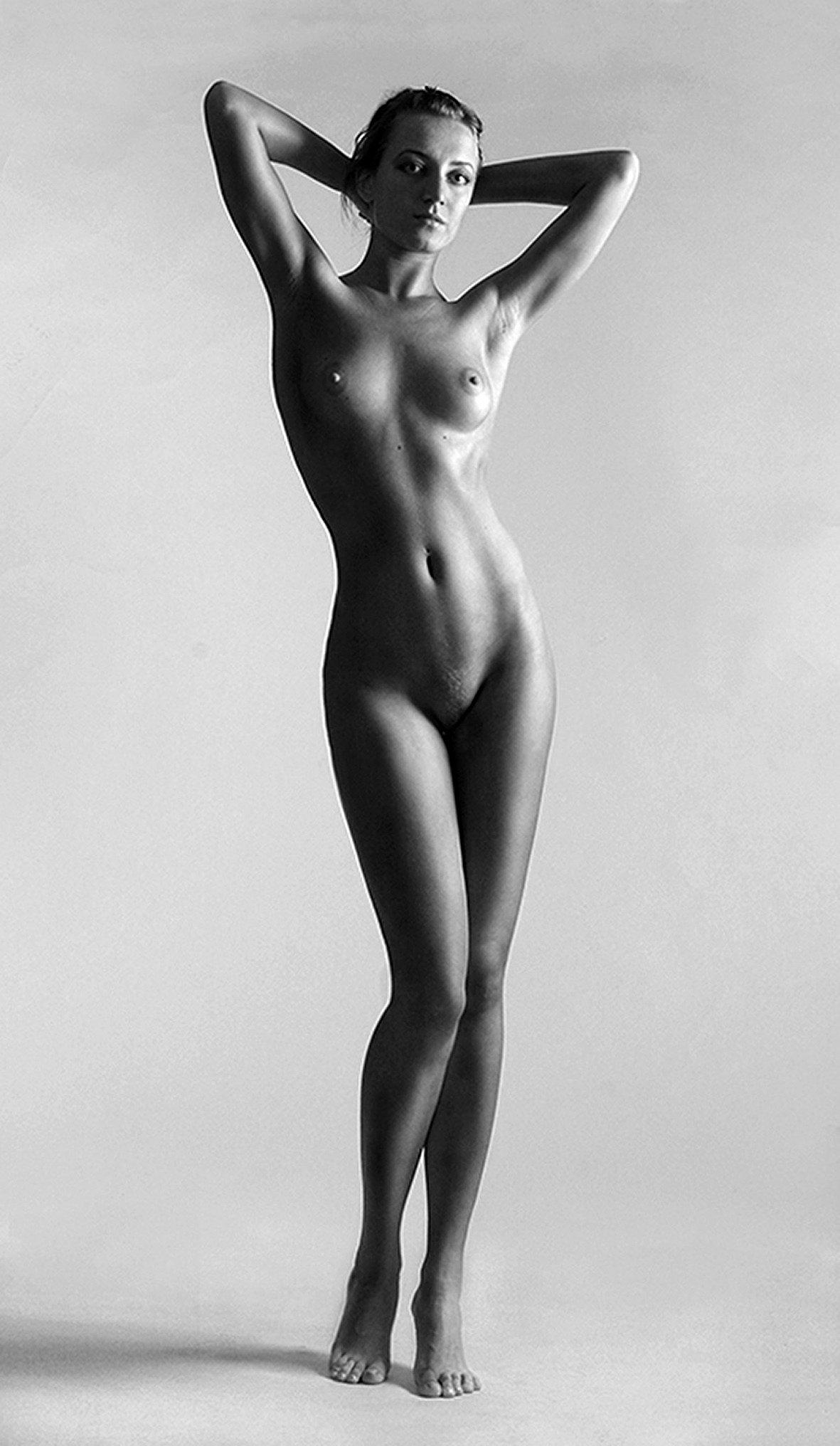 Фото голых женщин в полный рост 8 фотография