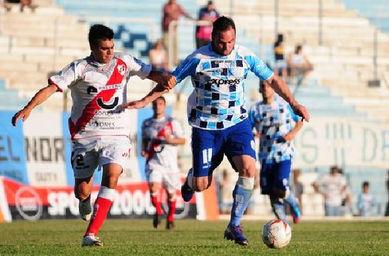 Guaraní obtuvo un trabajosa victoria ante Tiro