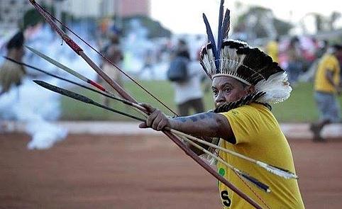 Brasilia, manifestazione dei popoli originari