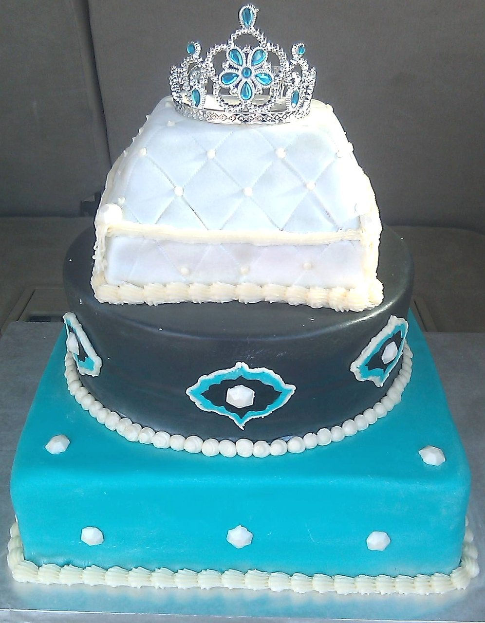 Design Your Own Sweet 16 Cake : M C Custom Cakes - Grants, NM Wix.com