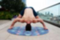 acro-yoga-awesome-balance-1139501.jpg