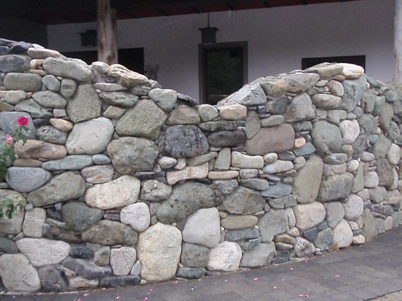Dsd masonry for River rock wall