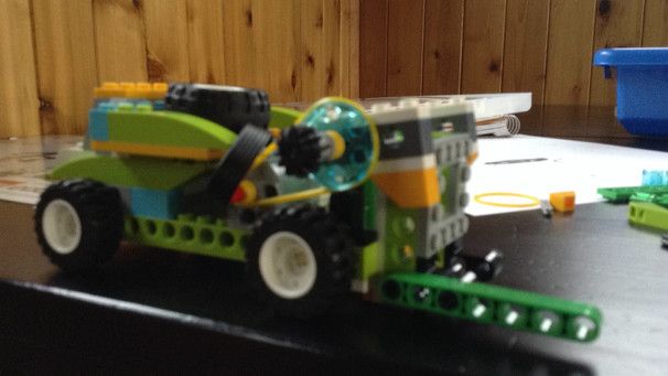 Educational Product Review {Lego WeDo 2.0} | Homeschooling Unplugged ...