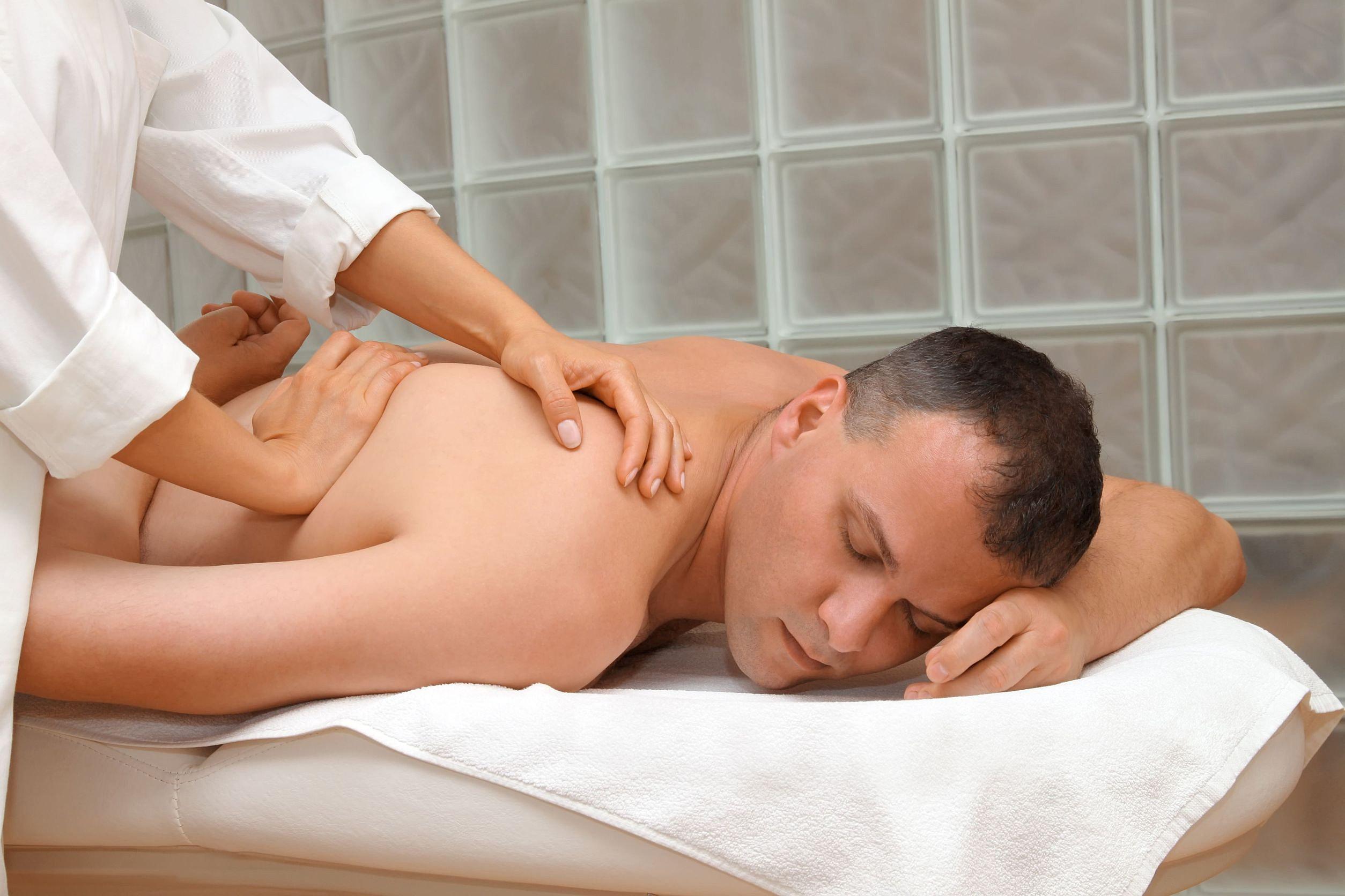 Смотреть секс на приеме у массажиста, Порно массаж с русскими девушками на 4 фотография