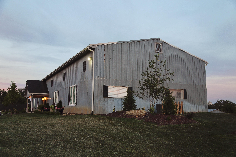 Chrisman Manor Lawrence KS Wedding Venue Farm Wedding Venue