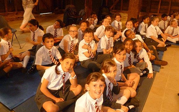 Newnham Juniors Year4 4 5 Amp 6 Raf Choir Poject