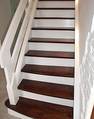 restaurierung von holztreppen treppensanierung. Black Bedroom Furniture Sets. Home Design Ideas