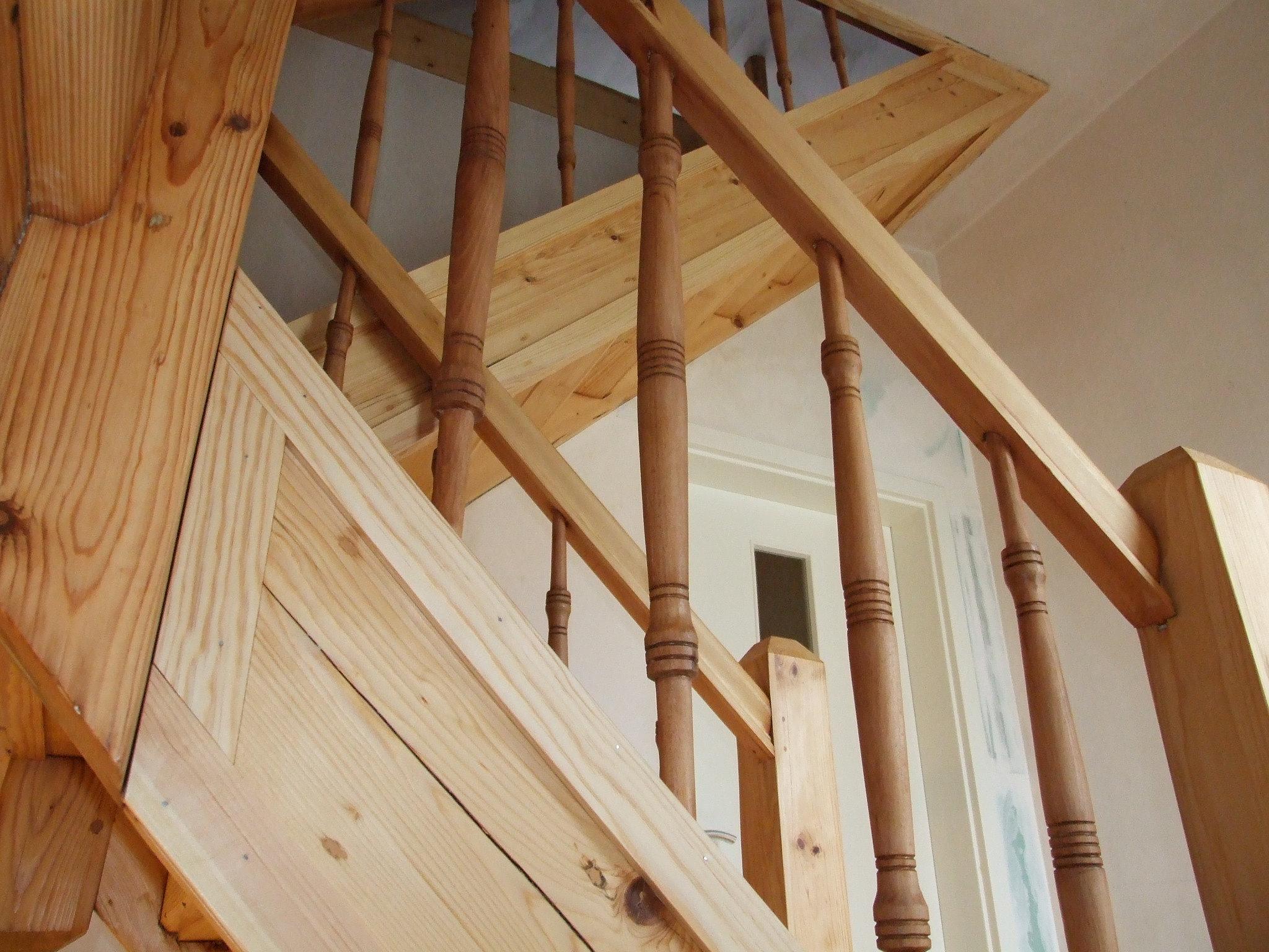 restaurierung von holztreppen treppensanierung k ln d sseldorf holztreppe abschleifen velbert. Black Bedroom Furniture Sets. Home Design Ideas