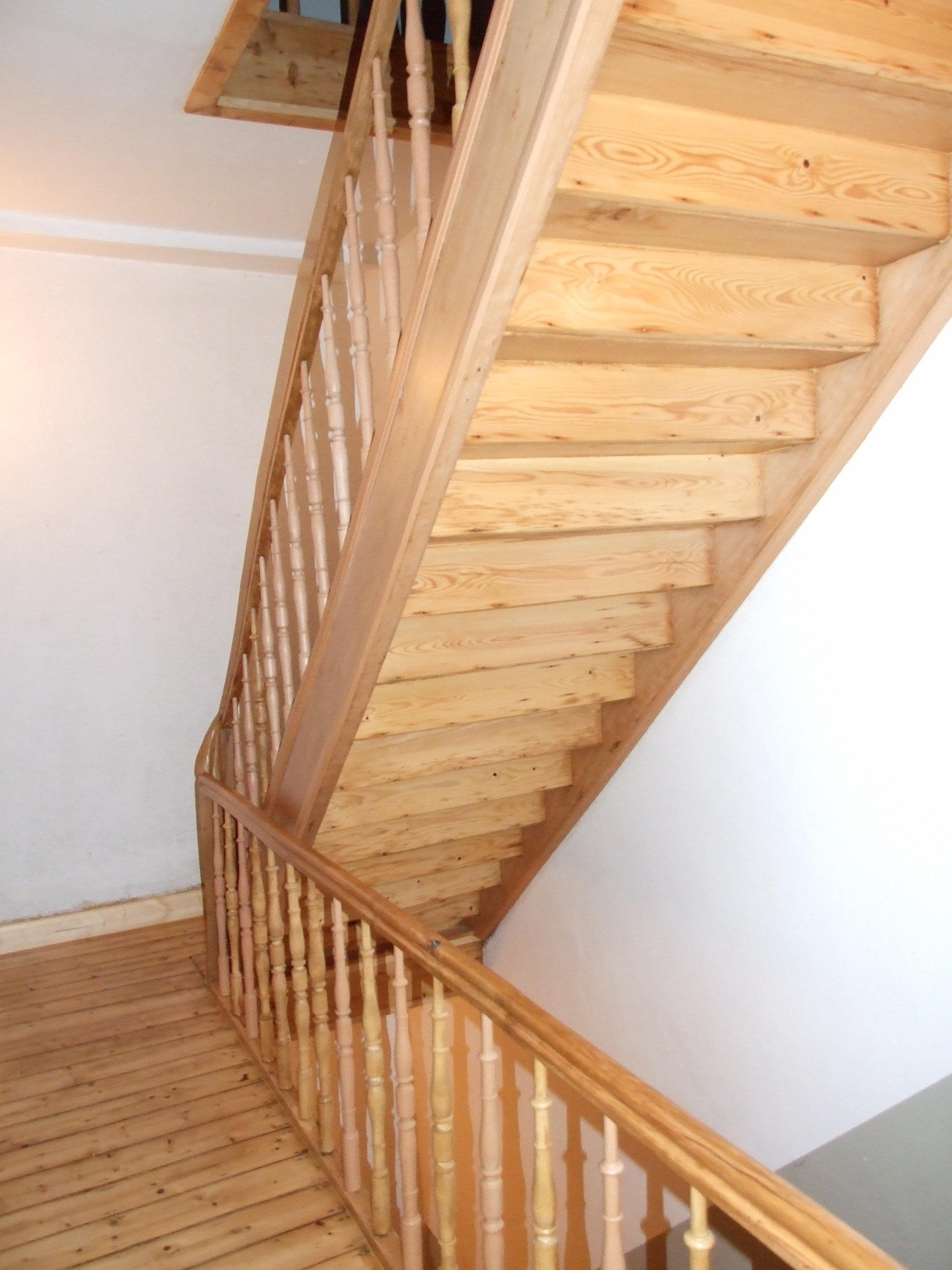 restaurierung von holztreppen treppensanierung k ln d sseldorf holztreppe aufarbeiten k ln. Black Bedroom Furniture Sets. Home Design Ideas