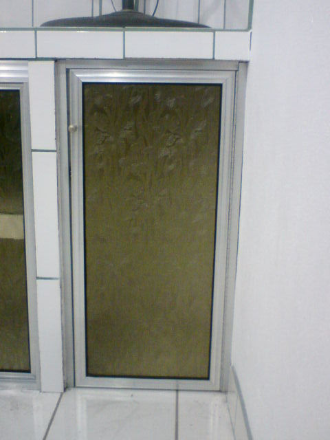 Vidrios monge orotina todo en soluciones de vidrio y for Puertas de cocina de aluminio