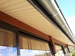 c2l habillage planche de rive dessous de toit pvc. Black Bedroom Furniture Sets. Home Design Ideas