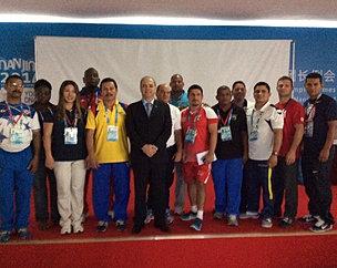 Paulo_Wanderley_y_Entrenadores_de_América.jpg
