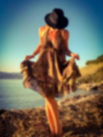 robe tendance saint tropez mode plage brigitte bardot made in france glamour julie tropeziennes