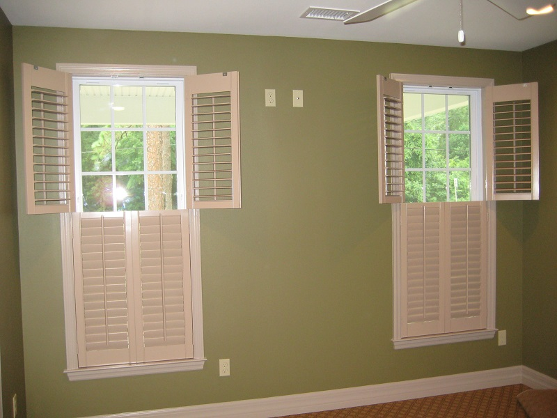 Suber custom interior shutters window treatments for Window treatments for double hung windows