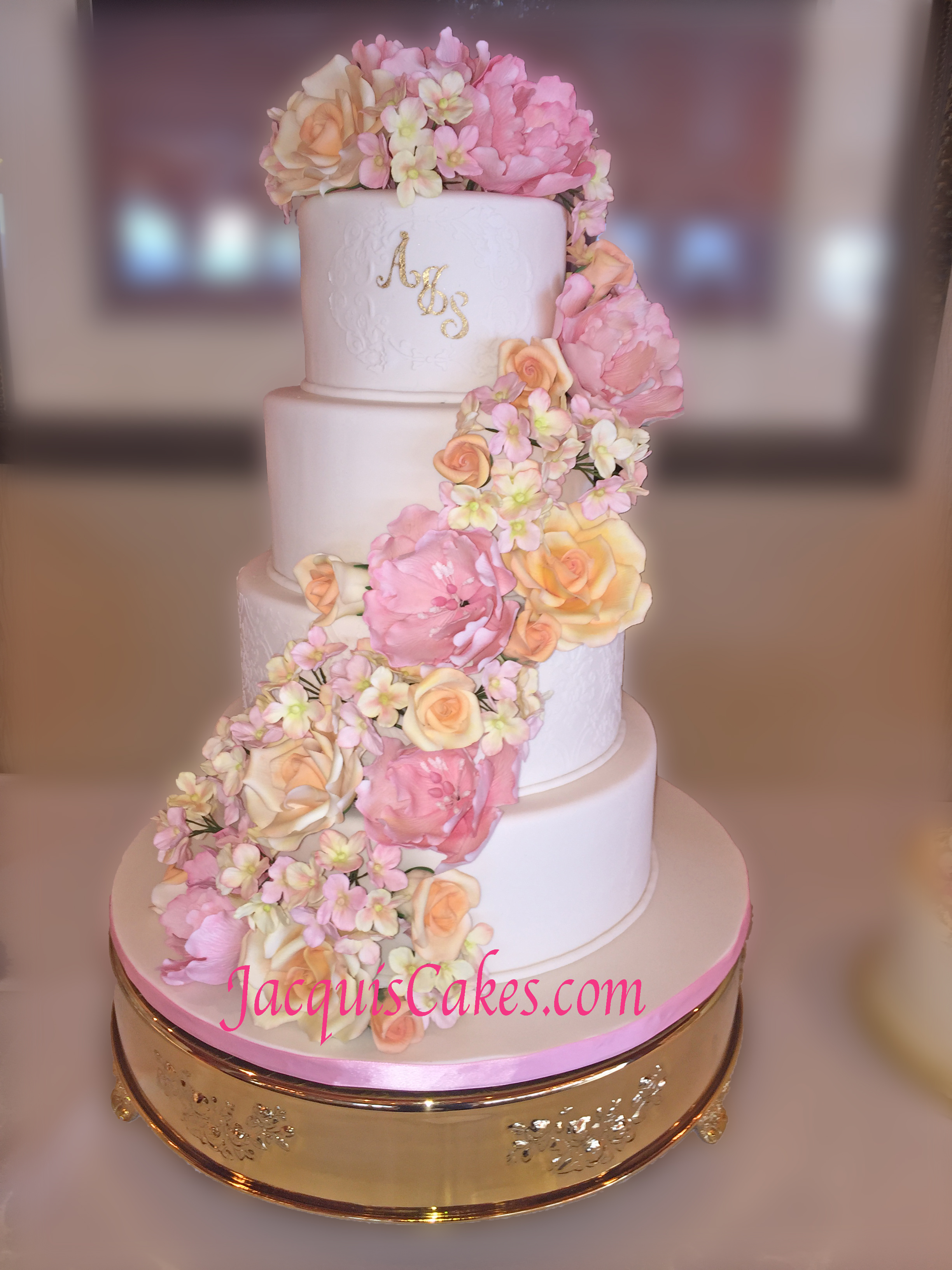 wedding cakes seattle tacoma jacqui 39 s cakes celebration cakes. Black Bedroom Furniture Sets. Home Design Ideas