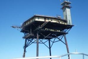 Scuba diving fishing charters southport nc blackbead for Frying pan tower fishing