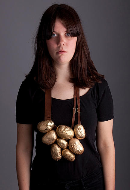 Elin Flognman -  Everyday matter - potato necklace 2013 - copper, leather, gold, brass - the magic of the everyday