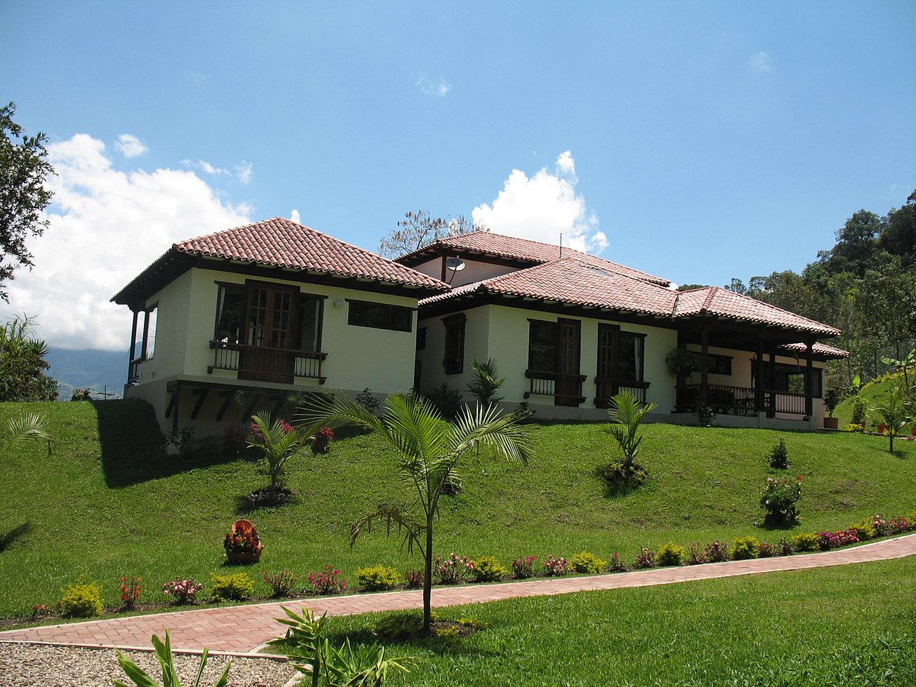 Casas campestres construccion personalizada for Cubiertas para casas campestres