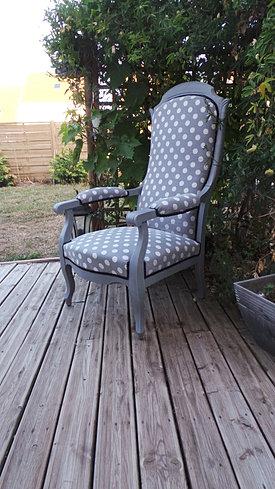 atelier creapas tapissier tarifs disponibilit s. Black Bedroom Furniture Sets. Home Design Ideas