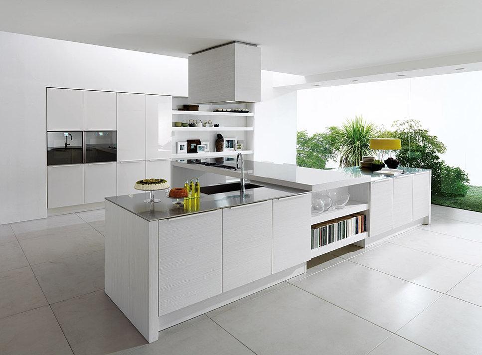 Дизайн современной кухни в белом
