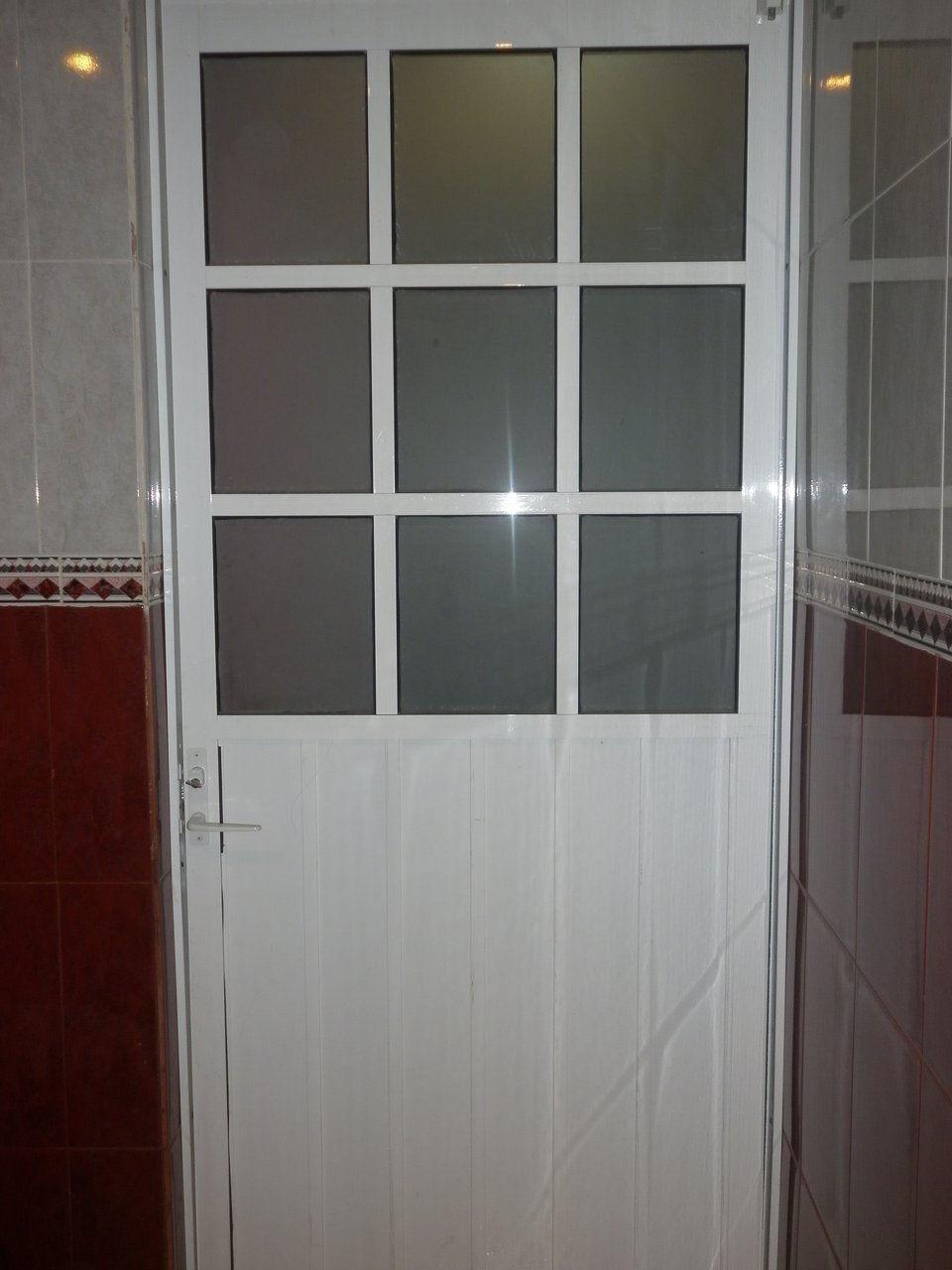 Taller de vidrio y aluminio created by baldomero - Cristales para puertas de cocina ...