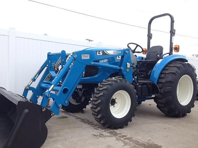 Robinson Equipment - LS Tractor | LS XR4040H