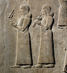 epic of gilgamesh compare to noah Is the biblical flood account a modified copy of the epic of gilgamesh 3 of 6 characteristic genesis gilgamesh humans noah and family7 utnapishtim, his family, and craftsmen from city.
