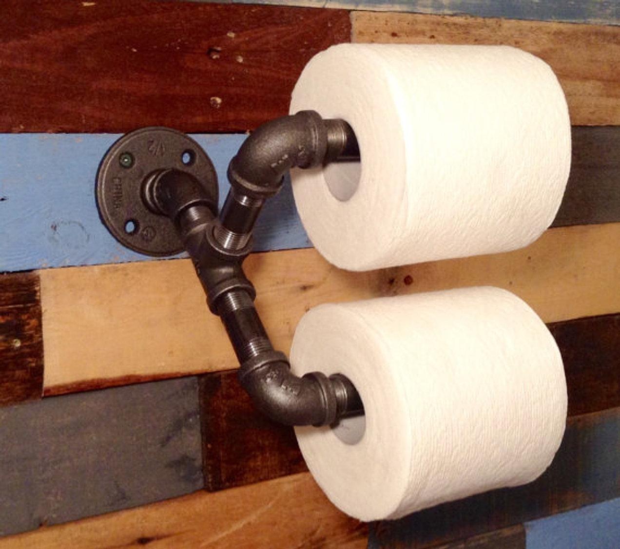 clever RAVEN Lighting & Industrial decor | Industrial Bathroom