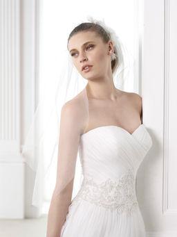 Qualcosa di blu abiti da sposa trieste  Blog su abiti da sposa Italia