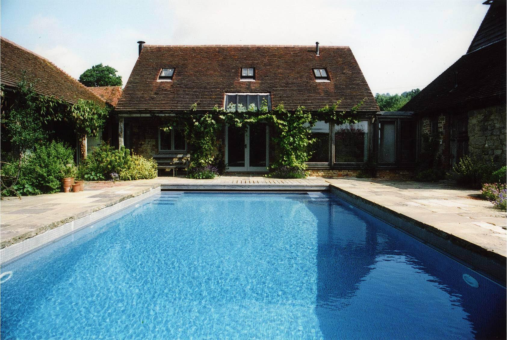 cancun pools fun classic home swimming pool design home