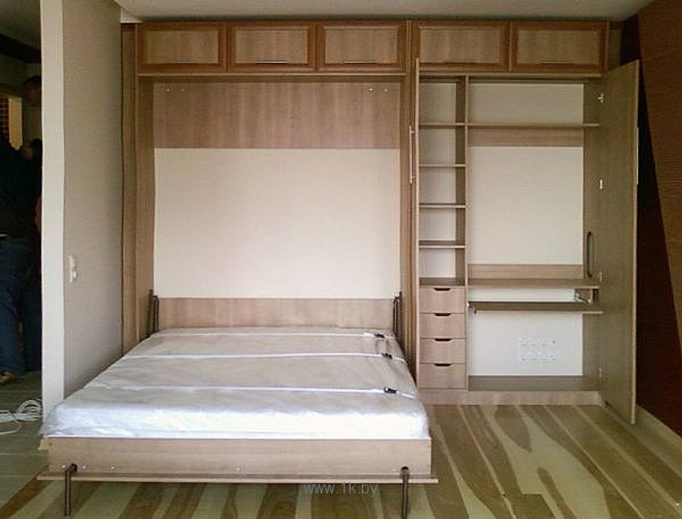 Простая откидная кровать