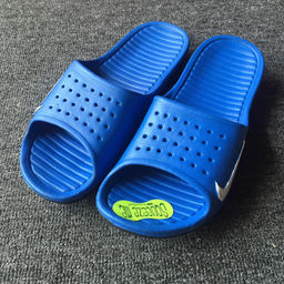 Nike Solarsoft Slide 03.jpg
