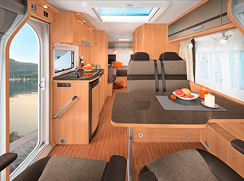 Excellent Touring Cars Motorhomes In Norway Luxury Class 2 4 Berth Motorhome