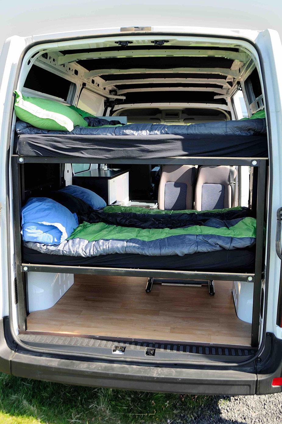 location camper reykjav k location camper islande. Black Bedroom Furniture Sets. Home Design Ideas
