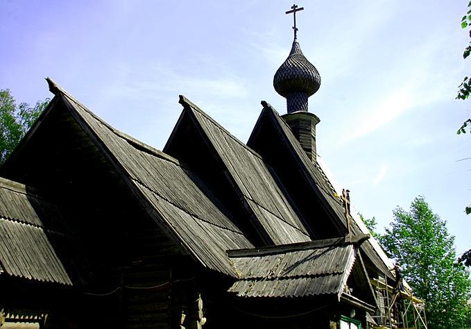 Успенская деревянная церковь