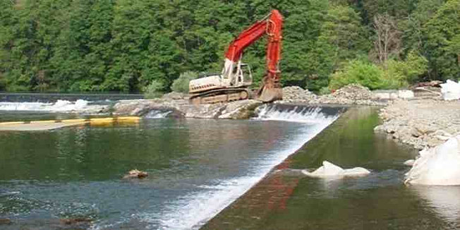 Gold Hill Dam Removal 2008