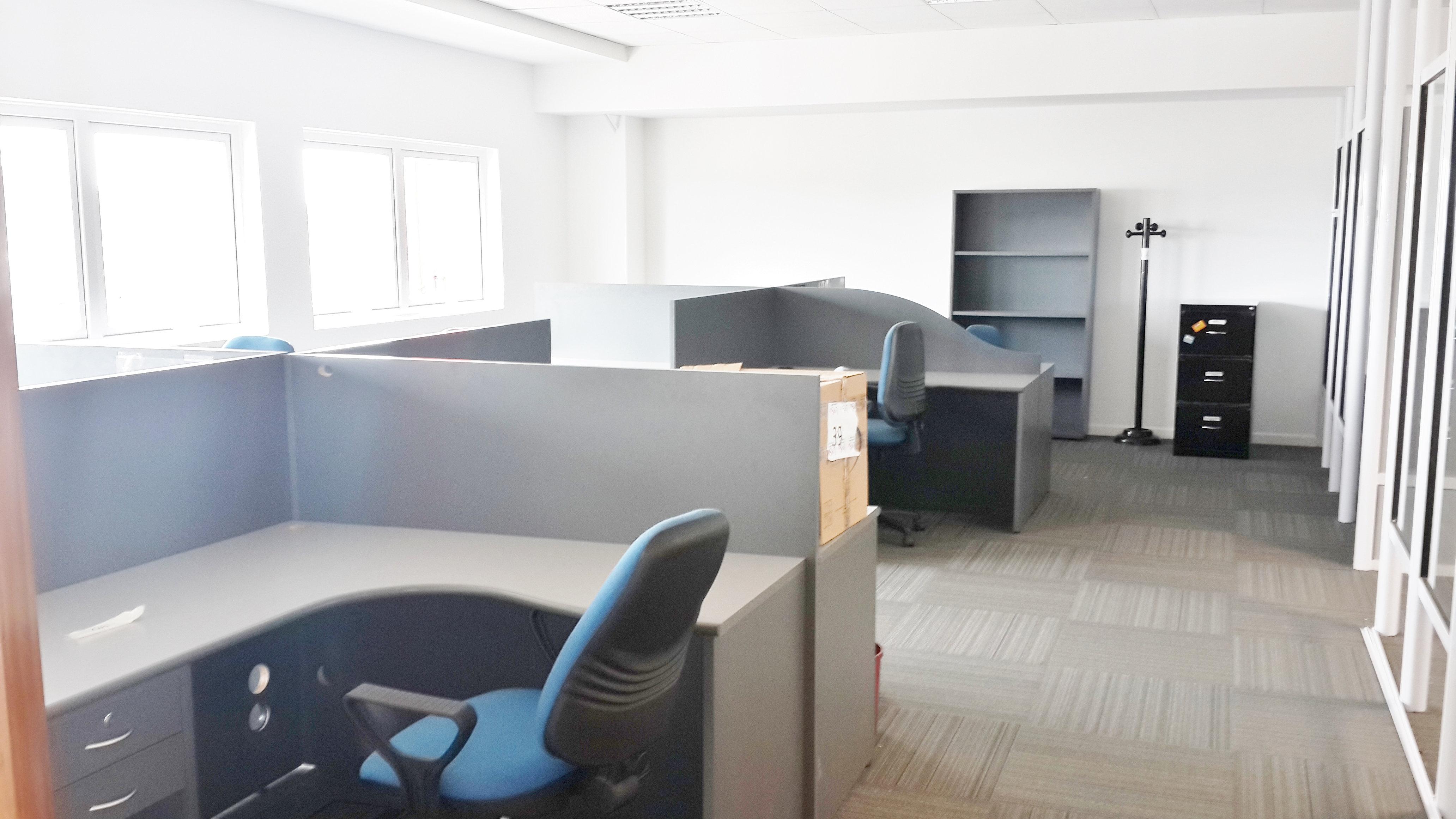 Logistar mudanzas de empresas mudanzas industriales for Mudanzas de oficinas