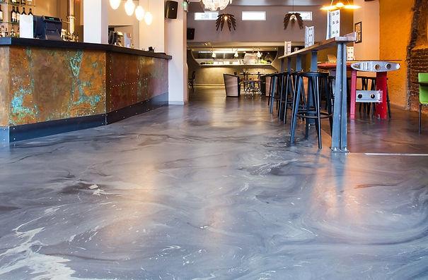 Swirling-Resin-Floor-Finish.jpg