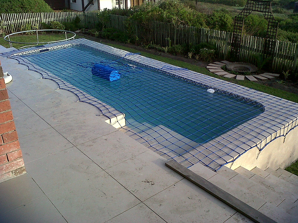 Alternative pool covers nets cape town safety nets for How to make a pool net