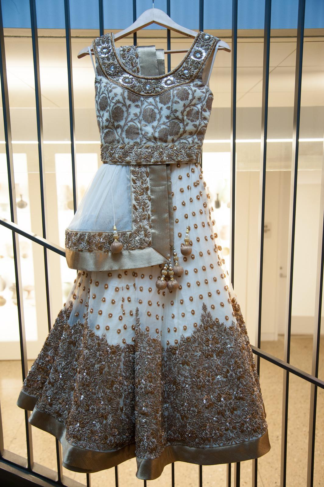 yana benjamin elegant umma ann arbor museum wedding in