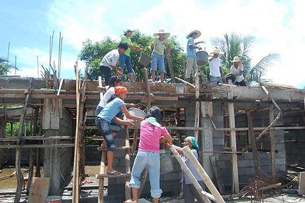 Youth volunteers - Philippines.jpeg