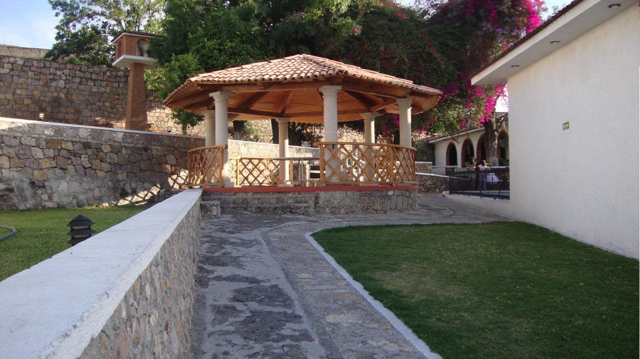 Jard n la mansi n un lugar en el centro historico de for Cafe el jardin centro historico